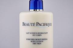 Body lotion til tør og irriteret hud 500 ml - pris: 455 kr.